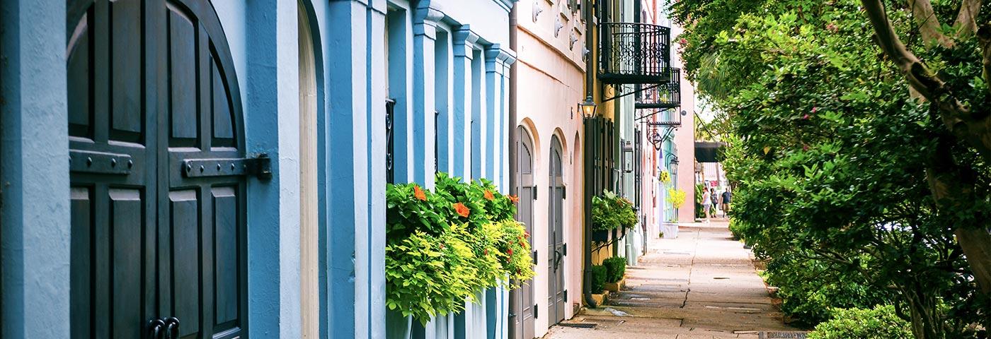 Downtown Charleston, Rainbow Row